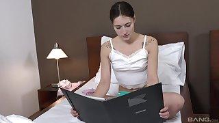 Gaunt girlfriend Mina Leigh enjoys getting fucked in eradicate affect morning