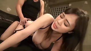 XRW-422 Big Breasts Young Spliced Aphrodisiac Restraint Squirting..