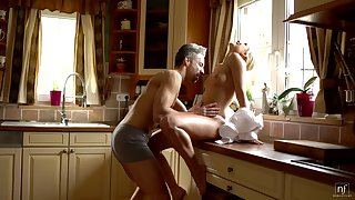 Off colour housewife Dido Angel is making love with their way husband inappropriate in the morning